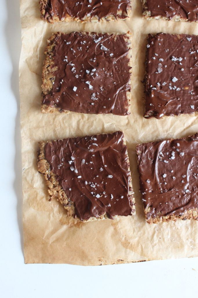 Kerneknækbrød med surdejsrester og mørk chokolade 1