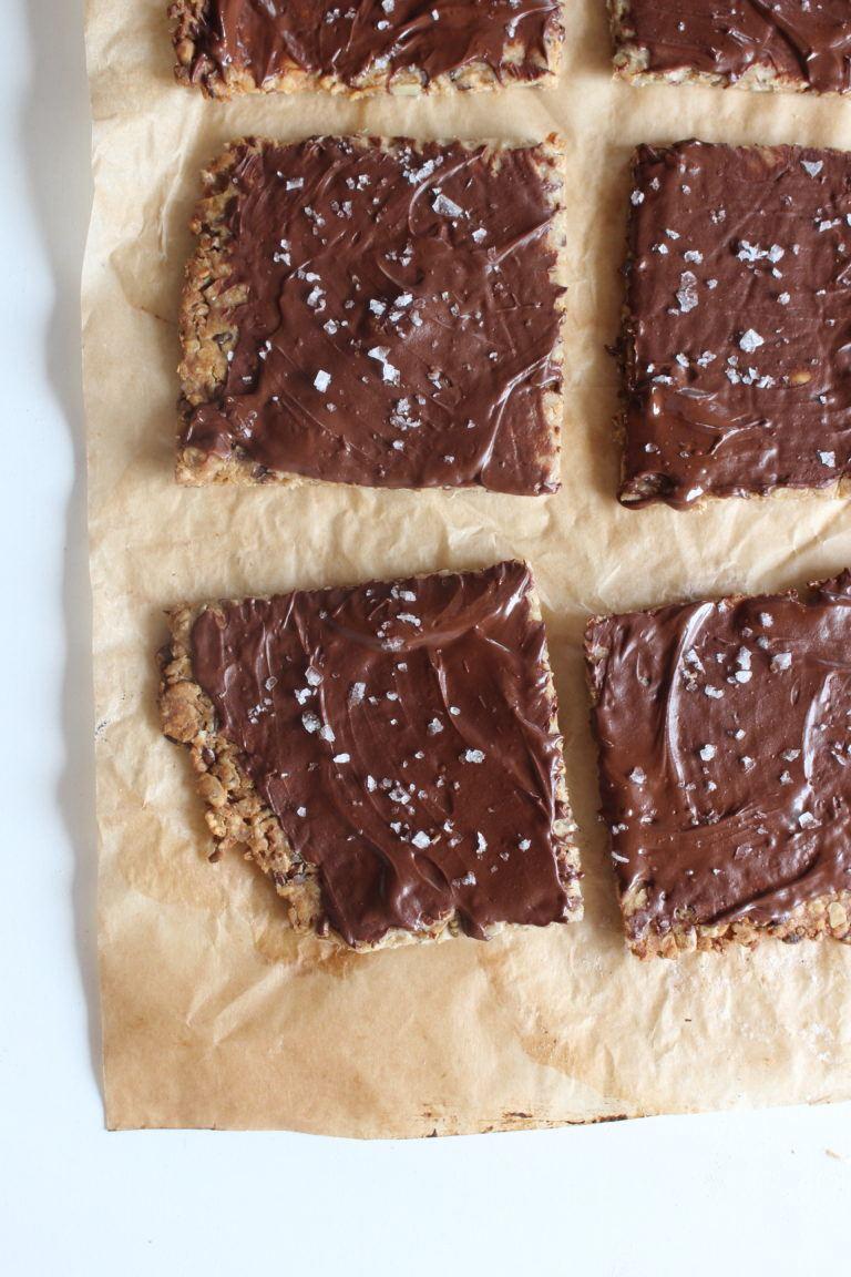 Kerneknækbrød med surdejsrester og mørk chokolade 2